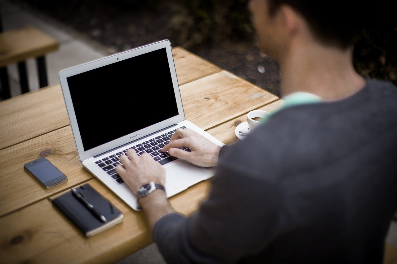 I have an employee who watches facebook instead of working. What do I do?
